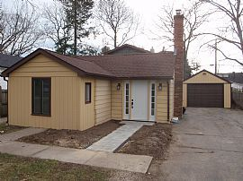 Completely Remodeled House in Somers! Near Lake Michigan!